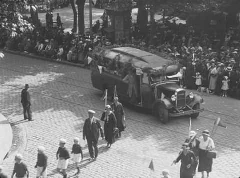 Ciné-journal de Saint-Étienne 1934 | Office du Cinéma scolaire et Éducateur de Saint-Étienne